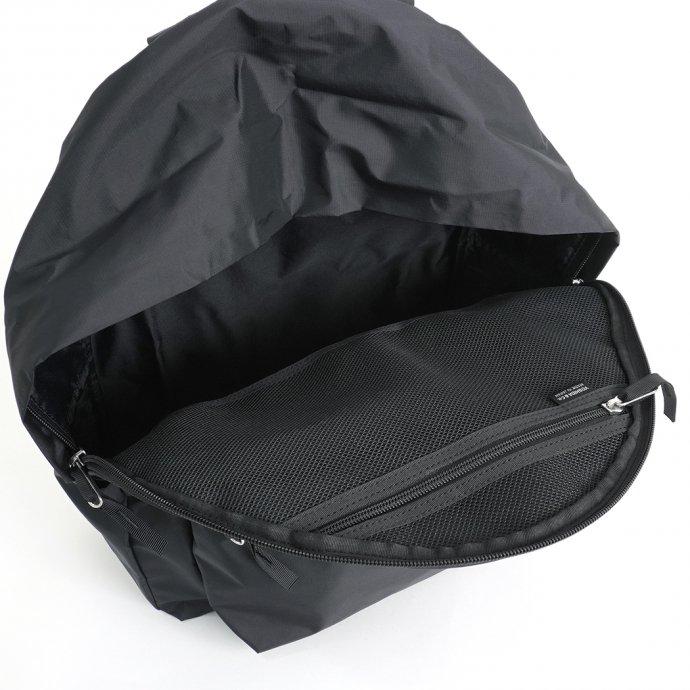 159017912 STILL BY HAND / DAYPACK - Black デイパック ブラック 02