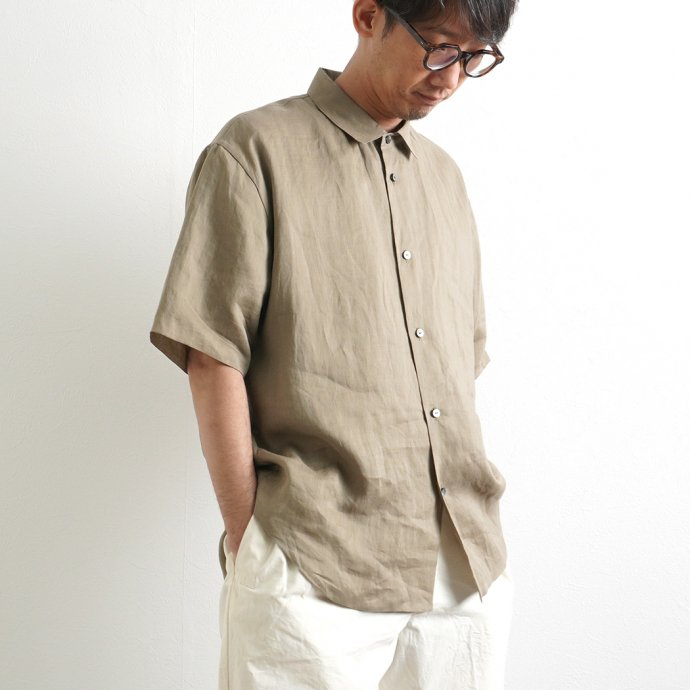 159257237 STILL BY HAND / SH04212 ラミー素材 半袖シャツ - Olive 02