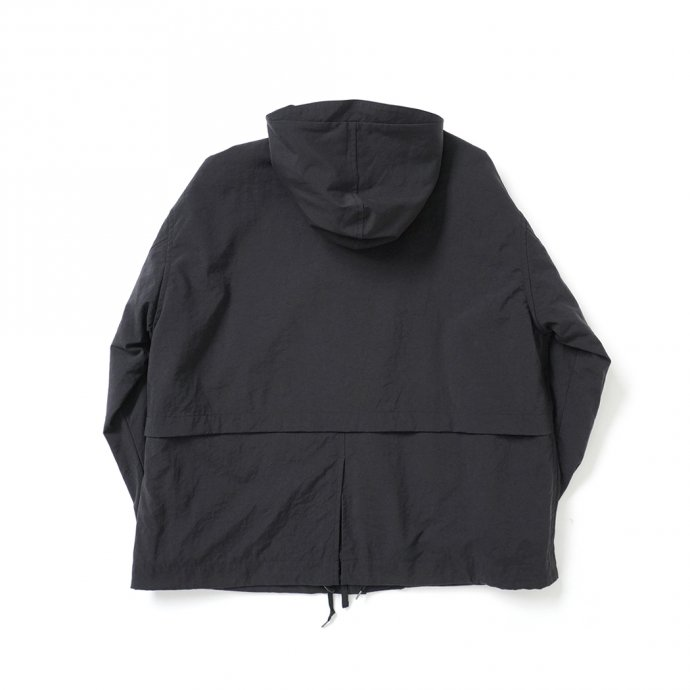 162988102 STILL BY HAND / BL01213 ナイロン フーデッドブルゾン - Ink Black<img class='new_mark_img2' src='https://img.shop-pro.jp/img/new/icons47.gif' style='border:none;display:inline;margin:0px;padding:0px;width:auto;' /> 02