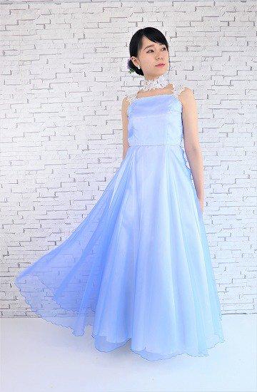 上品な水色ロングドレス