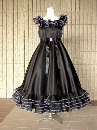 フリフリフリルの黒ドレス【オーダーのみ】