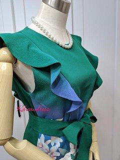 着物リメイクお呼ばれワンピ★振袖リメイク深緑色胸元&裾フリルワンピース(正絹)