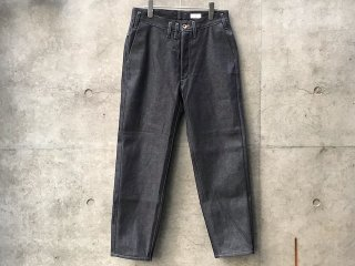 <img class='new_mark_img1' src='https://img.shop-pro.jp/img/new/icons14.gif' style='border:none;display:inline;margin:0px;padding:0px;width:auto;' />Selvedge denim pants(straight tapered)