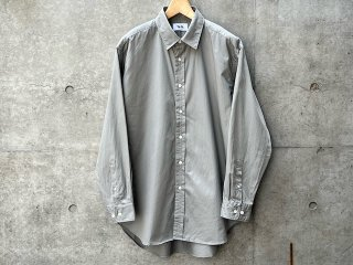 Regular collar shirts
