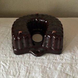 旧東ドイツ 馬蹄型 レリーフ 陶器の焼き菓子型・germany pottery mold horseshoe