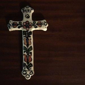 ルーマニアトランシルバニア地方 コロンド村の陶器の十字架(中1)・romania korond village pottery cross m