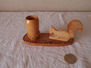 ハンガリー リスと どんぐり 木のペン立て&メモ  hungary wooden souvenir squirre