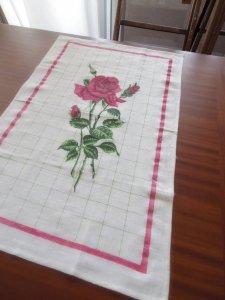 ルーマニア デッドストックのキッチンリネン タオル レトロ バラ 2 Romania deadstock kitchen cloth rose