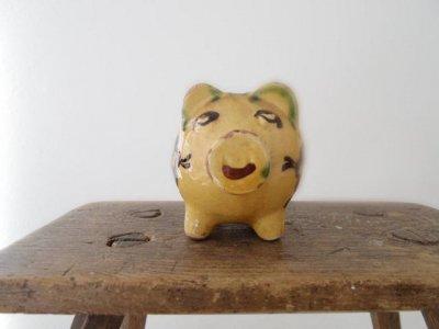 ハンガリー 陶器の小さな豚の貯金箱 ・Hungary pottery piggy bank