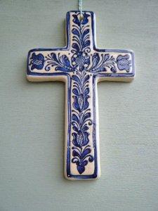 ルーマニアトランシルバニア地方 コロンド村の陶器の十字架(大青1)・romania korond village pottery cross big