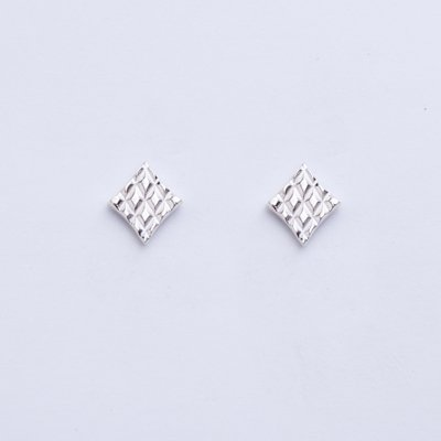 QUILTING DIA SV pierced earrings