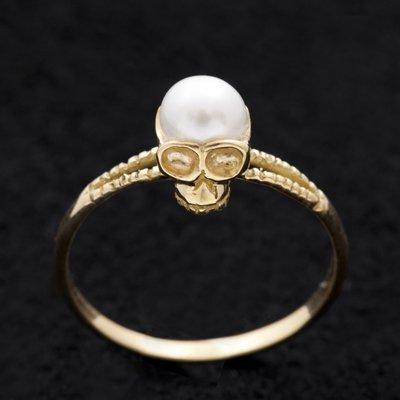 LITTLE PEARL SKULL ring