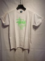 STUSSY KIDS <BR>Kids Big Cities Tee(WHITE) 【SOLD OUT】<img class='new_mark_img2' src='https://img.shop-pro.jp/img/new/icons50.gif' style='border:none;display:inline;margin:0px;padding:0px;width:auto;' />