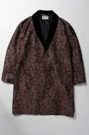<img class='new_mark_img1' src='https://img.shop-pro.jp/img/new/icons15.gif' style='border:none;display:inline;margin:0px;padding:0px;width:auto;' />WACKOMARIA<BR>JACQUARD PAISLEY GOWNCOAT