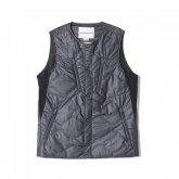 White Mountaineering<BR>GORE-TEX INFINIUM PRIMALOFT PADDED QUILTING VEST【SOLD OUT】<img class='new_mark_img2' src='https://img.shop-pro.jp/img/new/icons50.gif' style='border:none;display:inline;margin:0px;padding:0px;width:auto;' />
