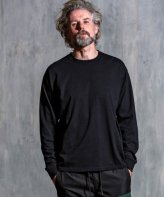 1PIU1UGUALE3 RELAX <BR>BIG LOGO L/S (BLACK)【SOLD OUT】<img class='new_mark_img2' src='https://img.shop-pro.jp/img/new/icons50.gif' style='border:none;display:inline;margin:0px;padding:0px;width:auto;' />