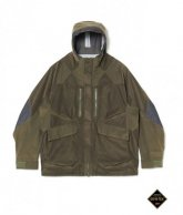 <img class='new_mark_img1' src='https://img.shop-pro.jp/img/new/icons35.gif' style='border:none;display:inline;margin:0px;padding:0px;width:auto;' />White Mountaineering<BR> GORE-TEX FLEECE MIXED MOUNTAIN PARKA