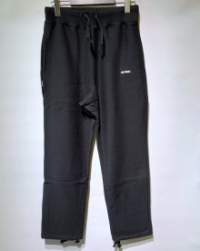 <img class='new_mark_img1' src='https://img.shop-pro.jp/img/new/icons15.gif' style='border:none;display:inline;margin:0px;padding:0px;width:auto;' />WACKOMARIA<BR>HEAVY WEIGHT SWEAT PANTS