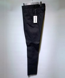 <img class='new_mark_img1' src='https://img.shop-pro.jp/img/new/icons15.gif' style='border:none;display:inline;margin:0px;padding:0px;width:auto;' />WACKOMARIA<BR>PLEATED TROUSERS(TYPE-1)(BLACK)
