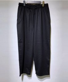 <img class='new_mark_img1' src='https://img.shop-pro.jp/img/new/icons15.gif' style='border:none;display:inline;margin:0px;padding:0px;width:auto;' />marka <BR>GYM PANTS - SUPER 120'S WOOL BEAVER - (BLACK)