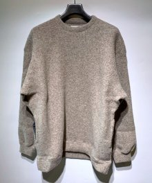 <img class='new_mark_img1' src='https://img.shop-pro.jp/img/new/icons15.gif' style='border:none;display:inline;margin:0px;padding:0px;width:auto;' />MARKA <BR>CREW NECK - WOOL PILE SHEEP - (LIGHT BEIGE)