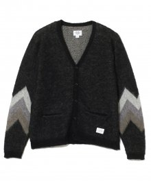 <img class='new_mark_img1' src='https://img.shop-pro.jp/img/new/icons15.gif' style='border:none;display:inline;margin:0px;padding:0px;width:auto;' />CRIMIE <BR>MOHAIR JACQUARD KNIT CARDIGAN(BLACK)