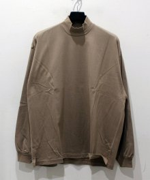 <img class='new_mark_img1' src='https://img.shop-pro.jp/img/new/icons15.gif' style='border:none;display:inline;margin:0px;padding:0px;width:auto;' />MARKA <BR>MOCK NECK - 40/2 COMBED KNIT - (MOCA)