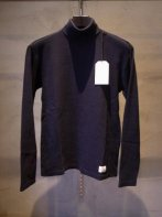 <img class='new_mark_img1' src='https://img.shop-pro.jp/img/new/icons15.gif' style='border:none;display:inline;margin:0px;padding:0px;width:auto;' />MARKA Utility Garments <BR>TURTLE NECK(NAVY)