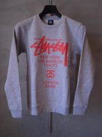 STUSSY KIDS <BR>Kids World Tour Crew Sweat(GRAY)【SOLD OUT】<img class='new_mark_img2' src='https://img.shop-pro.jp/img/new/icons50.gif' style='border:none;display:inline;margin:0px;padding:0px;width:auto;' />