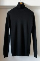 <img class='new_mark_img1' src='https://img.shop-pro.jp/img/new/icons50.gif' style='border:none;display:inline;margin:0px;padding:0px;width:auto;' />John Smedley ( ENGLAND   ) MASSEY RIBBED SWEATER