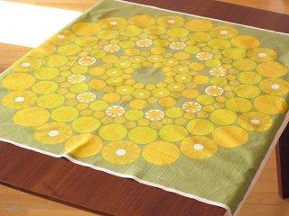 テーブルクロス 黄色のまるとお花