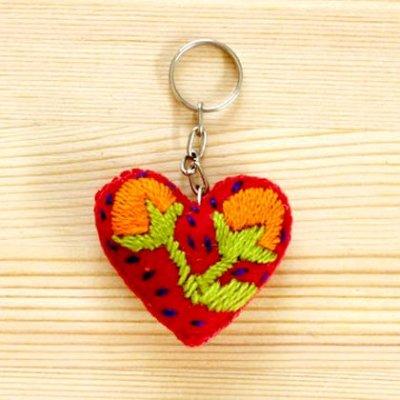 メキシコ 刺繍ハートキーホルダー(レッド)