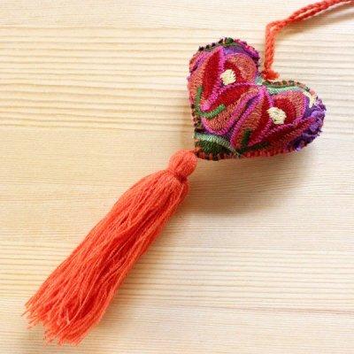 メキシコ シナカンタン刺繍ハートチャームS(B)