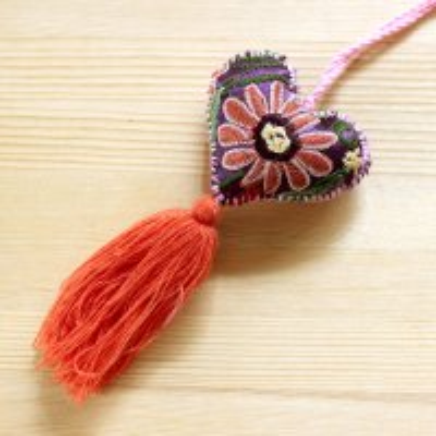 メキシコ シナカンタン刺繍ハートチャームS(D)