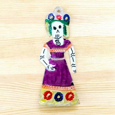 メキシコ ブリキオーナメントM(ガイコツ婦人)