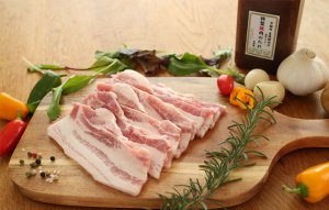 国産豚バラ肉