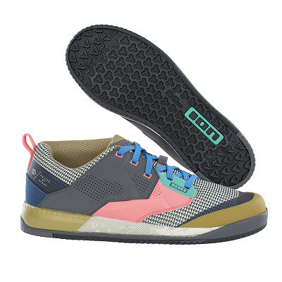 <img class='new_mark_img1' src='https://img.shop-pro.jp/img/new/icons14.gif' style='border:none;display:inline;margin:0px;padding:0px;width:auto;' />【ION/アイオン】SHOE SCRUB AMP Multi Color(フラットペダルシューズ)