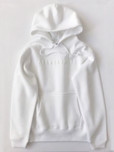 <img class='new_mark_img1' src='https://img.shop-pro.jp/img/new/icons5.gif' style='border:none;display:inline;margin:0px;padding:0px;width:auto;' />Foaming Logo! Hoodie white