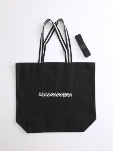 <img class='new_mark_img1' src='https://img.shop-pro.jp/img/new/icons5.gif' style='border:none;display:inline;margin:0px;padding:0px;width:auto;' />Folding! bag Black×White Line