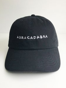 <img class='new_mark_img1' src='https://img.shop-pro.jp/img/new/icons5.gif' style='border:none;display:inline;margin:0px;padding:0px;width:auto;' />ABRACADABRA cotton cap black×white