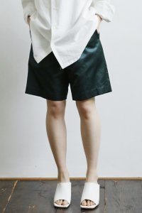Easy Short Pants (satin deep green)