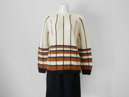 White Brown Hem Border  Black Line Wool  Knit Pullover