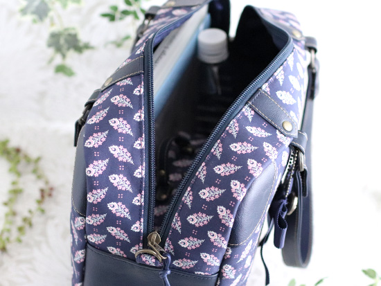 【A4】トランクボックス風 バッグ:リバティプリント ペイズリー・フェザー Paisley Feather 紺