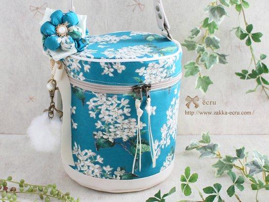 お花飾り付き★バニティバッグ リバティ アーカイブ・ライラック Archive Lilac ブルーグリーン