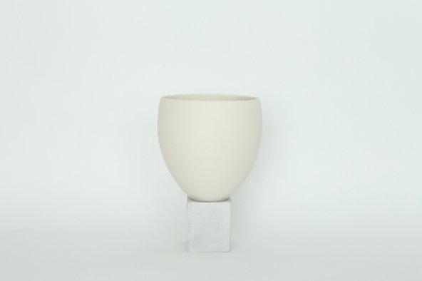 ELEVA (Porcelain+Concrete planter)