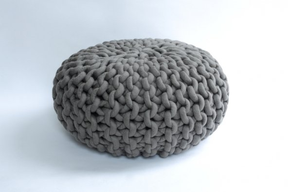 urchin pouf small (grey)