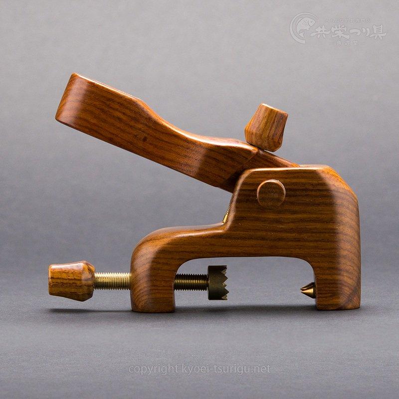 【ダイシン】カーボン玉置台 カリン大砲万力のサムネイル画像