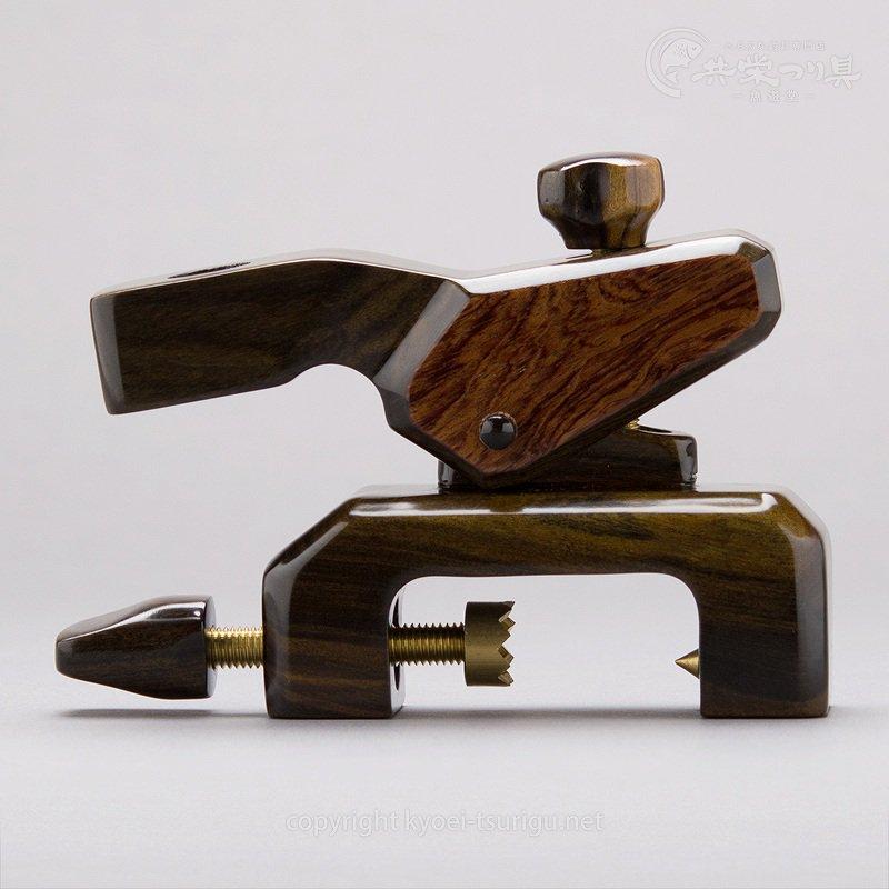 【かちどき】カーボン玉置台(カラーウーブン・グリーン)黒檀+楠大砲万力のサムネイル画像