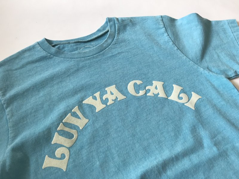 "〈MIXTA〉""LUV YA CALI"" CREW NECK T-SHIRTS"