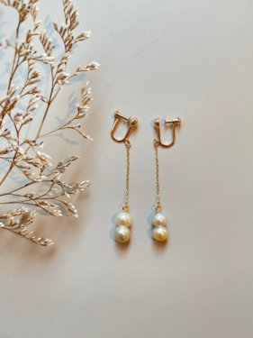 K18 twin akoya pearl long pierce